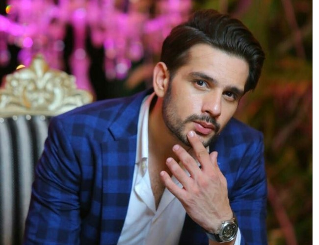 Usama Khan wins hearts with his acting in 'Uraan' | Lahore Times